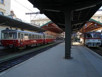 Posilové vozy na linke S34