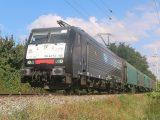 189.156 LTE s nákladným vlakom odchádza z Bratislavy Petržalky