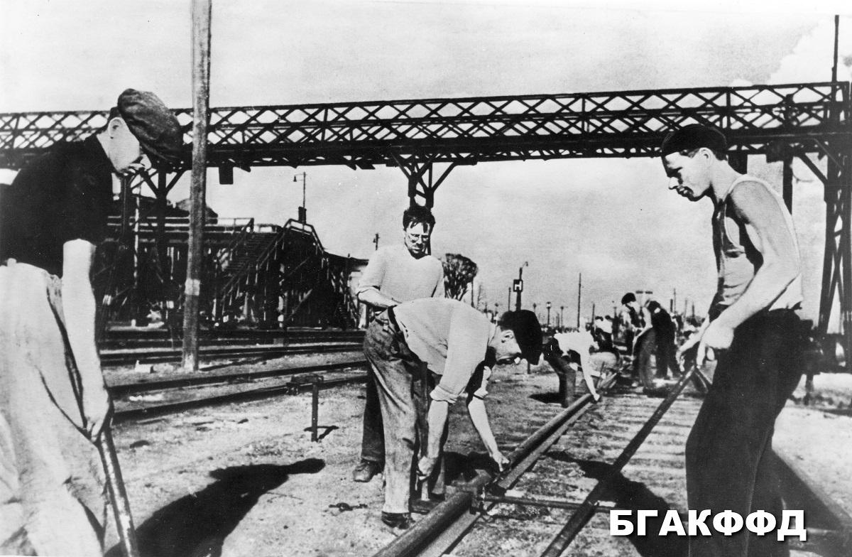 Oprava železničných koľají stanica Minsk, rok 1944