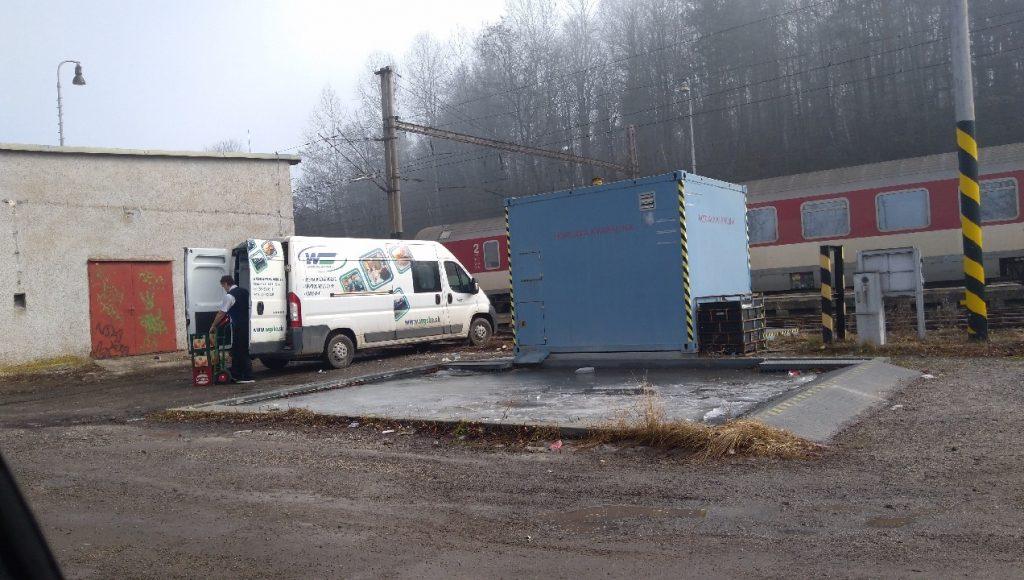 Zásobovanie reštauračných vozňov dnes prebehlo v žst. Spišské Vlachy