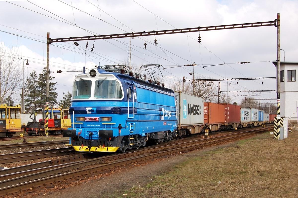 Čistá modrá laminátka 230.075 příždí do žst Kúty dne 20.03.2009