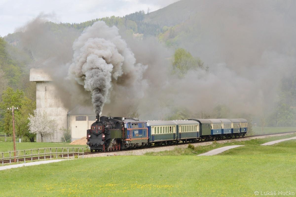 Již jsme za Freilandem na úseku trati ve vlastnictví Traisen-Gölsental Regionalentwicklungs GmbH
