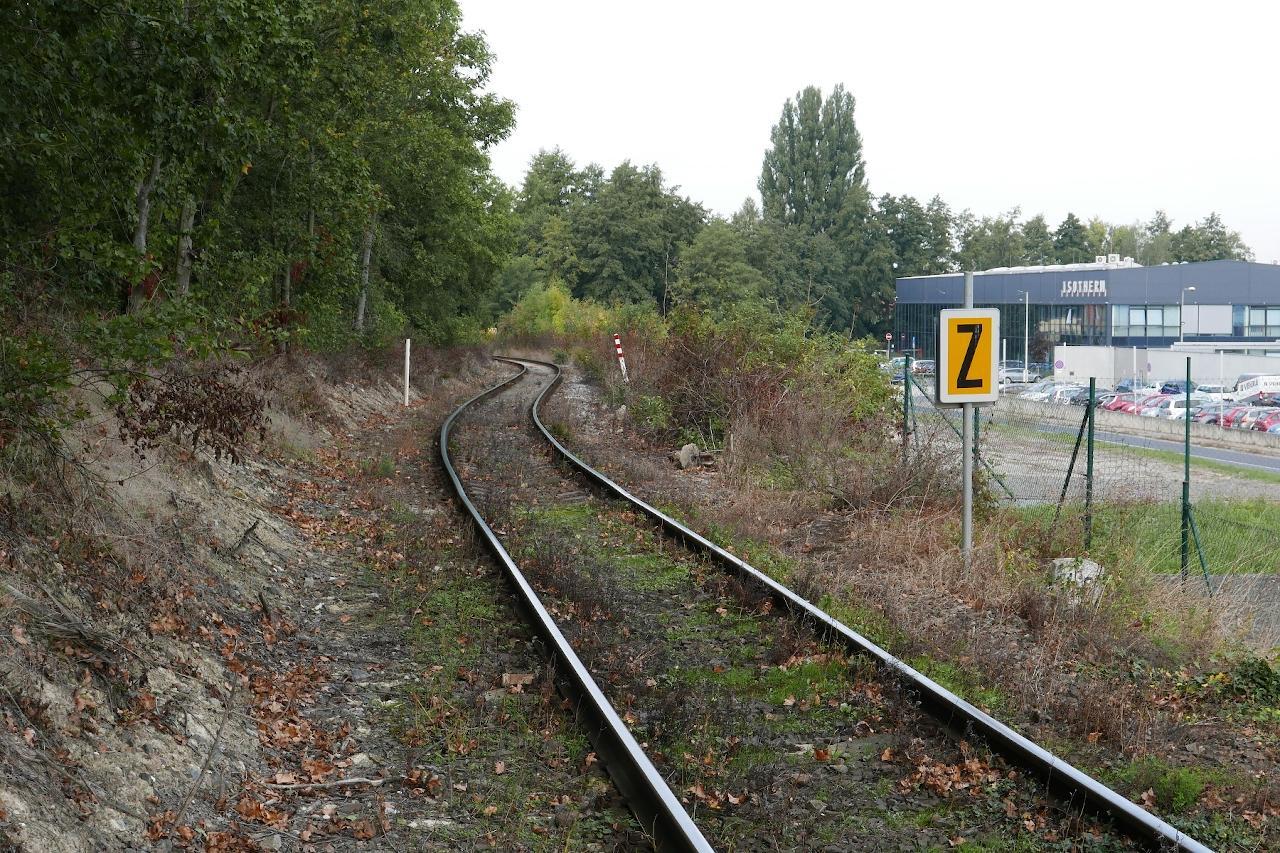 Pohľad na trať v km cca 4,600 od Lázní Toušeň pred výlukou.