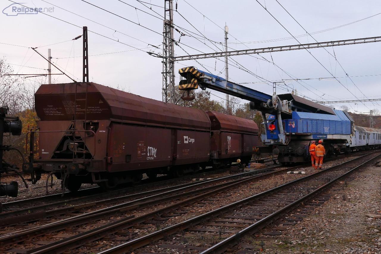 Pondelok. EDK 750 z Děčína v akcii.