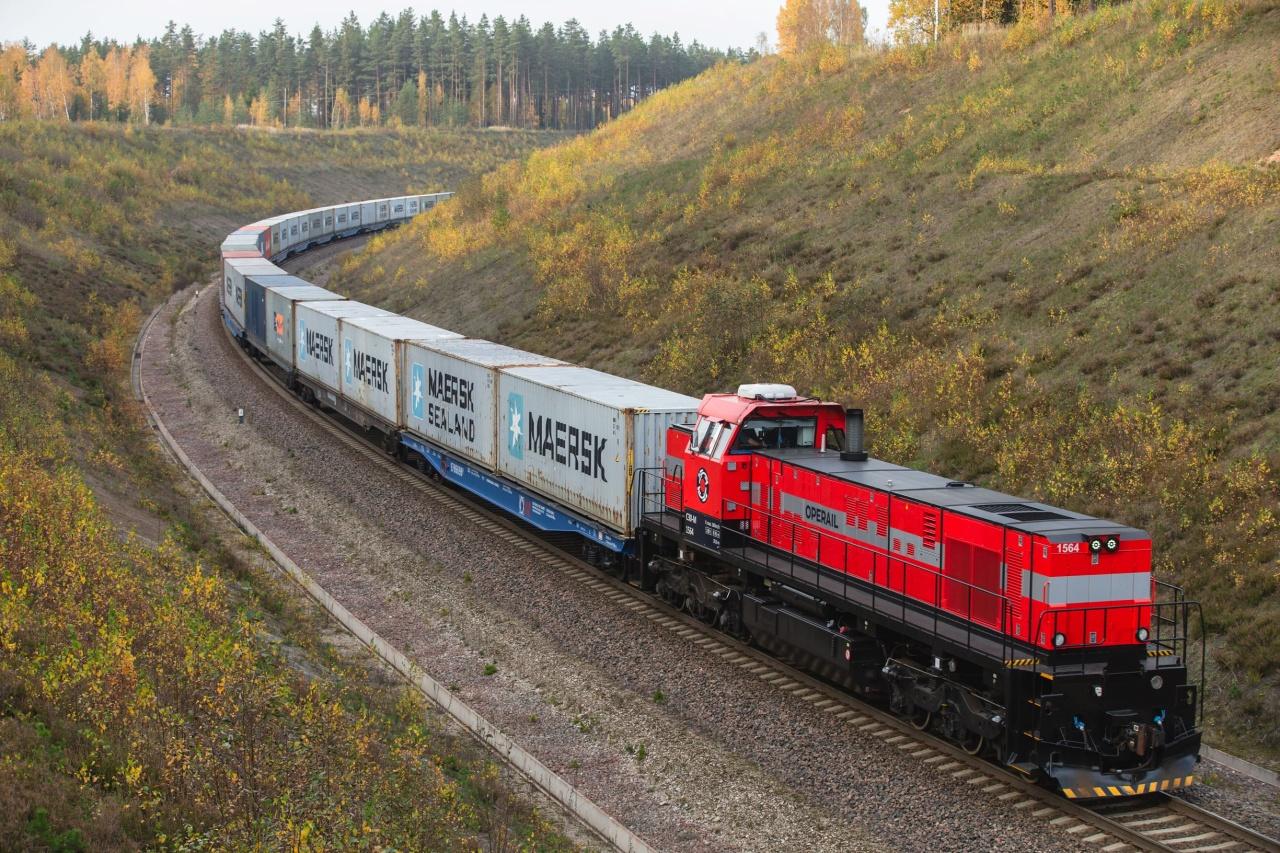 Lokomotivy řady C-30M vznikly komplexní modernizací původních amerických lokomotiv od General Electric. Finální montáž probíhá v Tapě.