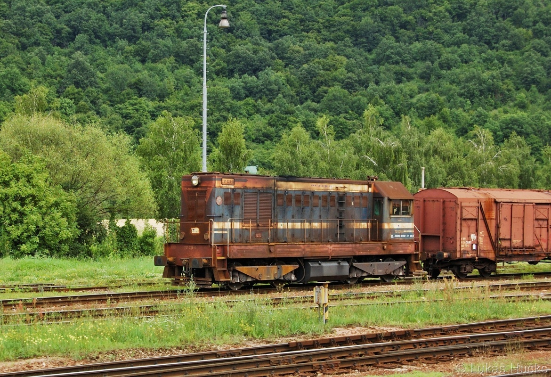 721.028 posunuje ve stanici Plešivec 05.07.2011